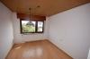 **VERKAUFT**  Quadratisch - praktisch - im grünen und günstig !!! Immobilie zum sofort beziehen - für den kleinen Geldbeutel - Weiteres Zimmer