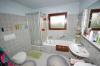 **VERKAUFT**  Stadtnah und doch im grünen- ideales Familienanwesen -beliebte Randlage in Offenbach - Bürgel - Tageslichtbad mit Dusche **UnD** Wanne