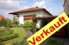 **VERKAUFT**  Immobilienrarität - grün - ruhig - zentral - in Groß Umstadt!!!   Schöner Winkelbungalow mit 2. Bauplatz - Verkauft