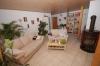 ***VERKAUFT*** TOP 3 Zimmer Maisonettenwohnung mit hochwertiger  Einbauküche und Stellplatz!! - Wohnzimmer Ansicht 2