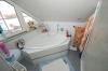 ***VERKAUFT*** TOP 3 Zimmer Maisonettenwohnung mit hochwertiger  Einbauküche und Stellplatz!! - Badezimmer Ansicht 1