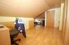 ***VERKAUFT*** TOP 3 Zimmer Maisonettenwohnung mit hochwertiger  Einbauküche und Stellplatz!! - Dritter Blick ins Schlafzimmer/Büro