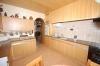 **VERKAUFT**  Freistehendes 2 Familienhaus mit 3 Garagen in ruhiger Lage von Babenhausen - Einblick Küche