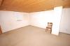 **VERKAUFT**  Freistehendes 2 Familienhaus mit 3 Garagen in ruhiger Lage von Babenhausen - Weitere Ansicht ausgeb. DG