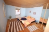 **VERKAUFT** Klein aber Mein - Fachwerhaus für eine kleine Familie modernisiert und sofort beziehbar!!! - Blick in ein Schlafzimmer (von 3)