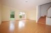 **VERKAUFT**  Familienhaus mit 4 Schlafzimmern, hell, modern und geräumig !!! - Blick Wohnzi., bodentiefe Fenster