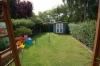 **VERKAUFT**  Viel Licht viel Ruhe viel Lebensqualität. *Einfamilienhaus* wie aus dem Ei gepellt. (in TOP Feldrandlage) - Weiterer Blick in den Garten