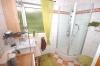 **VERKAUFT**  Viel Licht viel Ruhe viel Lebensqualität. *Einfamilienhaus* wie aus dem Ei gepellt. (in TOP Feldrandlage) - Tageslichtduschbad (Nr. 1)