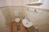 **VERKAUFT**  2 Zi. Wohnung mit Balkon u.T- Garage - gepflegtes Mehrfamilienhaus , ideal für Rentner - - Ein WC für Ihre Gäste