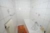 **VERKAUFT**  3 Familienhaus - vielseitig nutzbar - zum Preis einer DHH. - Tageslichtbad (Haus 2)