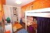 **VERKAUFT**  2 Familienhaus mit 750 m² Grundstück. - Weiteres Schlaf od. Kinderzimmer (OG)