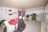 **VERKAUFT**  Sonniges 1-2 Familienhaus mit Blick in Feld und Wiesen - Wohn/Esszimmer (EG)