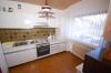 **VERKAUFT**  Doppelhaushälfte mit Feldblick.  (Lage, Lage,  Feldrandlage)  --- im Einzugsgebiet Frankfurt--- - Blick in die Küche