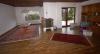 **VERKAUFT** DIETZ: Massiver Bungalow mit ausgebautem Souterrain u. großem Garten - Wohnzimmer mit Kamin
