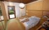 **VERKAUFT** DIETZ: Massiver Bungalow mit ausgebautem Souterrain u. großem Garten - Schlafzimmer im Erdgeschoss