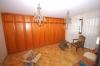 **VERKAUFT**DIETZ:  2 Familienhaus im XXL Format - 340 m² Wohnfläche.  Mit Einliegerwohnung. - Zimmer mit Einbauschrank