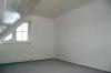 DIETZ: ACHTUNG! Moderne 3 Zimmer Maisonetten-Wohnung mit  Balkon u. KFZ-Stellplatz! Für Selbstnutzer o. Kapitalanleger - Großer Schlafbereich