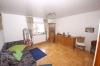 **VERKAUFT**DIETZ: Solides 2 Familienhaus in S-Bahnnähe (gepflegt) - Schlafzimmer 1 (Wohnung OG)