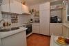 **VERKAUFT**DIETZ: Unschlagbar! Raumtraum-Einfamilienhaus im modern-rustikalem Stil! - Blick in die Küche