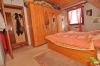 DIETZ: **VERKAUFT** 1-2 Familienhaus + Einliegerwohnung, 3 Garagen  und großem Grundstück in 1A Lage! - Schlafzimmer 1 v. 2 (OG)