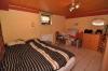 DIETZ: **VERKAUFT** 1-2 Familienhaus + Einliegerwohnung, 3 Garagen  und großem Grundstück in 1A Lage! - Schlafzimmer (ELW)