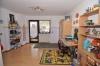 **VERKAUFT**DIETZ: XXL-Einfamilienhaus für die Großfamilie in zentraler  bevorzugter Lage mit Terrasse, 2 Balkonen, Garten und Garage - Schlafzimmer 2 (OG)
