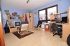 **VERKAUFT**DIETZ: XXL-Einfamilienhaus für die Großfamilie in zentraler  bevorzugter Lage mit Terrasse, 2 Balkonen, Garten und Garage - Schlafzimmer 3 (OG)