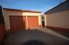 **VERKAUFT**DIETZ: Modernisiertes 1-2 Familienhaus mit Wintergarten, großem Garten und Doppelgarage! - 2 große Garagen
