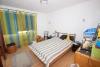 **VERKAUFTT**DIETZ: Klasse 3 Zimmer Eigentumswohnung im modernisierten Mehrfamilienhaus (mit Vollwärmeschutz) - Schlafzimmer 1 von 2