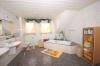 **VERKAUFT**DIETZ:  Architektenhaus: Großzügig-EXKLUSIV, funktional und  lichtdurchflutet, mit ELW !!! - Mit Dusche und Wanne