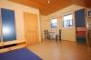 **VERKAUFT**DIETZ:  Architektenhaus: Großzügig-EXKLUSIV, funktional und  lichtdurchflutet, mit ELW !!! - Weiterer Blick in ein Schlafzimmer