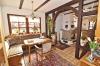 DIETZ: **VERKAUFT**Liebhaberimmobilie ! Süddeutsche Architektur  trifft außergewöhnliche Feldrandlage! - Heller Essbereich
