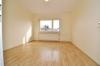 **VERKAUFT**DIETZ: Tip top modernisierte 2 Zi. Eigentumswohnung in gepflegter Wohneinheit in ruhiger Lage von Dieburg! - Schlafzimmer