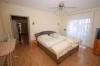 **VERKAUFT**DIETZ: Modernes Traumhaus mit hochwertige Ausstattung,  Wintergarten, Fußbodenheizung, Einbauküche, Garage ... - Schlafzimmer 1 von 4