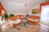 **VERKAUFT**DIETZ: Umfangreich ausgestattete Traumwohnung mit Einbauküche und großer Sonnen-Loggia ! - Weiterer Blick ins Wohnzi.