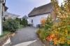 **VERKAUFT**DIETZ: Massig Platz für bis zu 3 Generationen! Interessantes modernisiertes 2 - 3 Familienhaus mit Garten! - Blick in den Hof / Garten