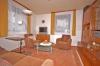 **VERKAUFT**DIETZ: Charmantes, modernisiertes Einfamilienhaus aus Großmutters Zeiten mit tollem Garten! - Blick ins Wohnzimmer