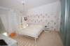 **VERKAUFT** DIETZ: Riesiges 2 Familienhaus mit Top moderner Innenausstattung ! - 1 von 6 Schlafzimmer