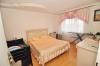 **VERKAUFT**DIETZ: Schicke renovierte 4 Zimmer  Eigentumswohnung mit Balkon, Garage und Einbauküche! - Schlafzimmer 1 v. 3