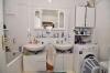 **VERKAUFT**DIETZ: Schicke renovierte 4 Zimmer  Eigentumswohnung mit Balkon, Garage und Einbauküche! - Badezimmer mit Wanne