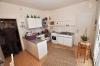 **VERKAUFT**  DIETZ: Modernisiertes 2 - 3 Familienhaus mit Doppelgarage, großem sonnigen Garten, Keller, uvm... - Küche (EG)