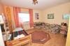 **VERKAUFT**  DIETZ: Modernisiertes 2 - 3 Familienhaus mit Doppelgarage, großem sonnigen Garten, Keller, uvm... - Schlafzimmer 1 (OG)