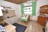 **VERKAUFT**  DIETZ: Modernisiertes 2 - 3 Familienhaus mit Doppelgarage, großem sonnigen Garten, Keller, uvm... - Blick in die Küche (OG)