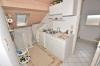 **VERKAUFT**  DIETZ: Modernisiertes 2 - 3 Familienhaus mit Doppelgarage, großem sonnigen Garten, Keller, uvm... - Küchenbereich (DG)