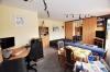 **VERKAUFT** DIETZ: Gemütliche 1 Zimmerwohnung mit sonnigem Balkon - Garage und Einbauküche inklusive - Ess - und Arbeitsbereich