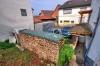 **VERKAUFT**DIETZ: Freistehendes teilmodernisiertes Stadthaus mit vielen Erweiterungsmöglichkeiten und großem Garten! - Hof / Einfahrt