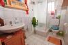 **VERKAUFT** DIETZ: Modernisiertes 1 - 2 Familienhaus für mehrere Generationen mit Scheune, Garten und EBK !!! - Badezimmer (OG)