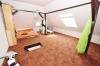 **VERKAUFT** DIETZ: Modernisiertes 1 - 2 Familienhaus für mehrere Generationen mit Scheune, Garten und EBK !!! - Schlafzimmer 3 Dachstudio (OG)