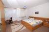 **VERKAUFT**DIETZ: Familienfreundliches Reihenhaus Bj.2007 in FFM-Höchst ++RUHIGE LAGE++ - Schlafzimmer 1 von 4