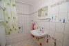 **VERKAUFT**DIETZ: Familienfreundliches Reihenhaus Bj.2007 in FFM-Höchst ++RUHIGE LAGE++ - Badezimmer 1 (mit Wanne)